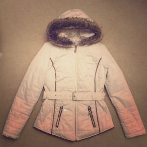 Guess White Jacket With Foe Fur Hood